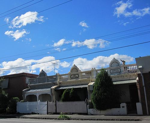 Clouds, cottages, Collingwood 52/18/1