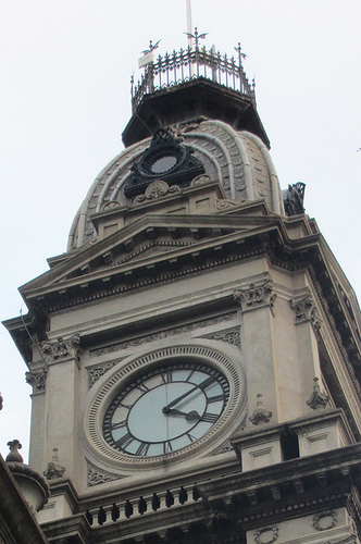 Collingwood Town Hall clock 52/24/2 #fp13 #wind #blogjune Day 14